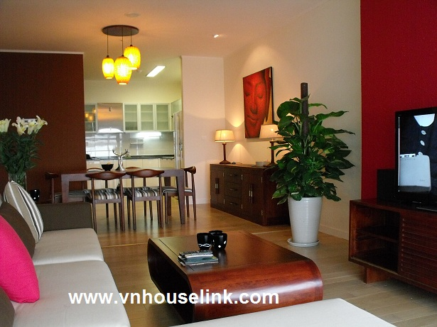 Apartment with 3 bedrooms for rent in Keangnam, Pham Hung str