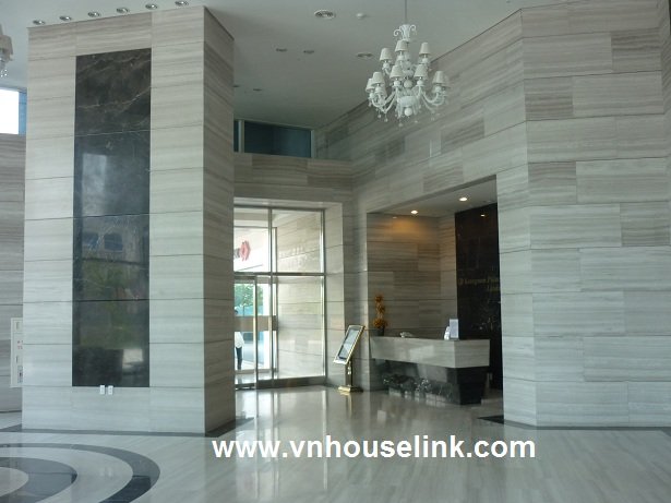 Partly furnished apartment in Keangnam Tower,Pham Hung Str for rent!